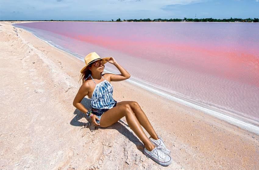 5 buenas noticias (y una playa rosa) para iniciar la semana